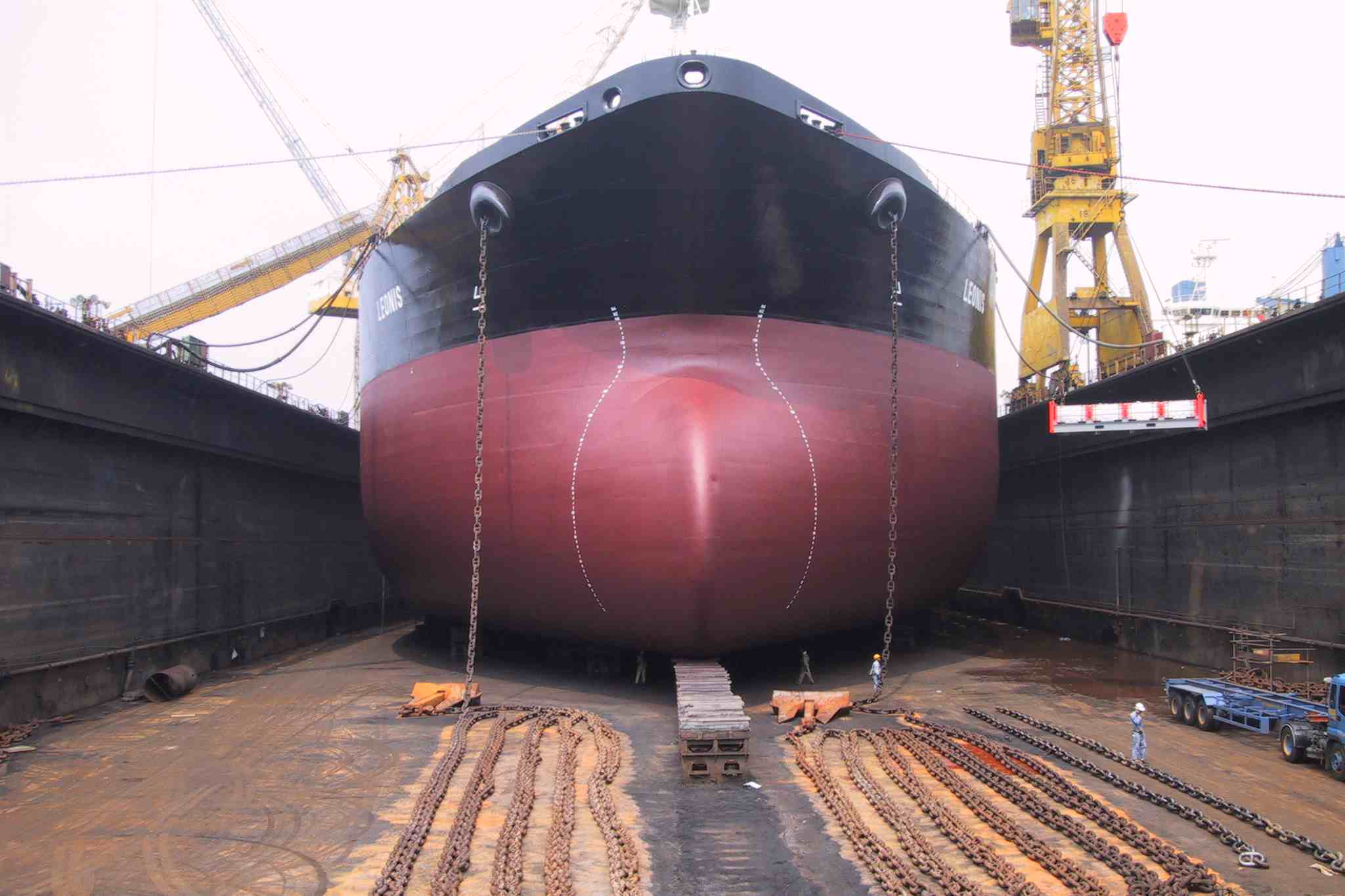 Periodic ship survey and inspection_Is docking required